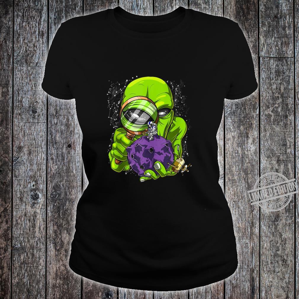 Space Alien Abduction Astronaut UFO Extraterrestrials Shirt ladies tee