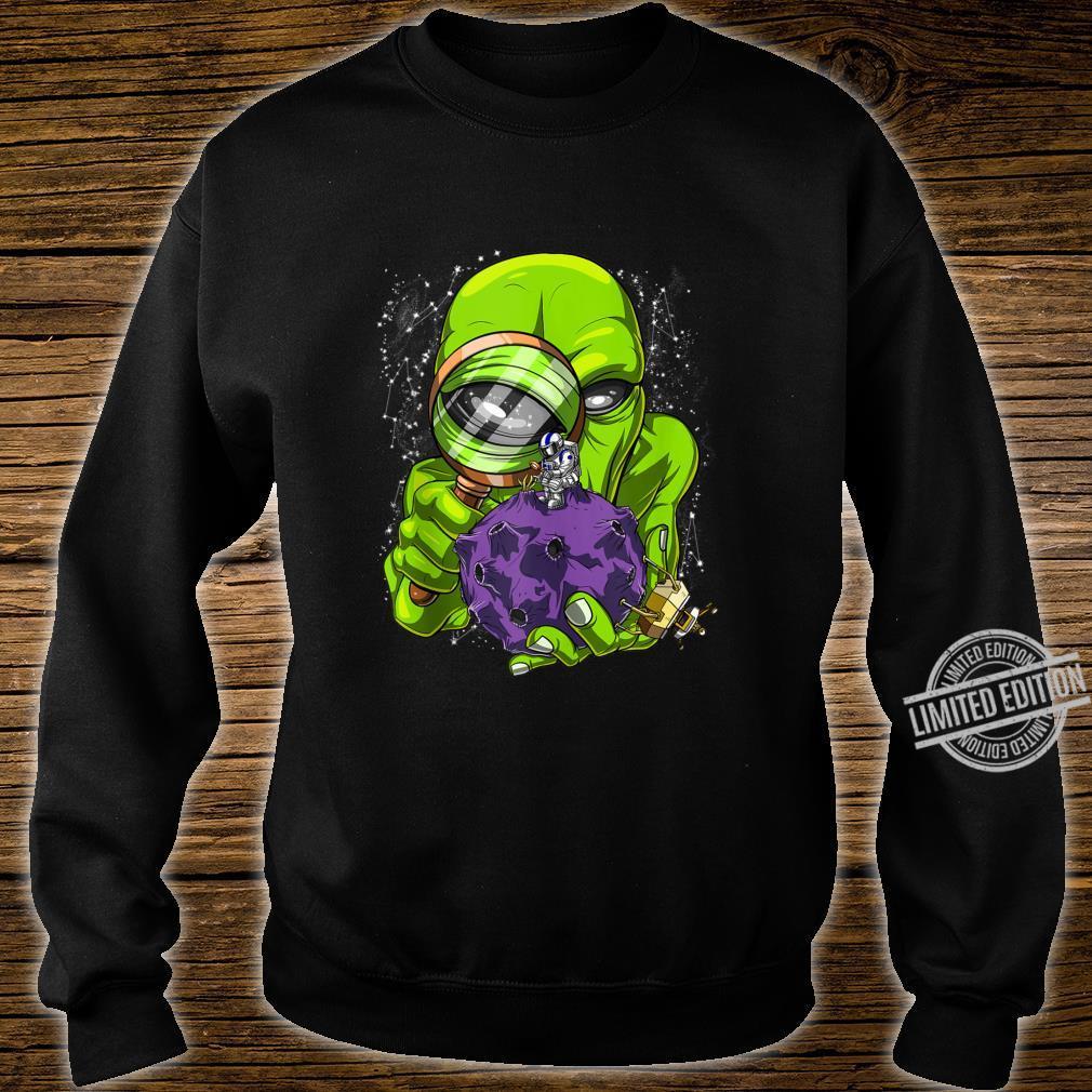 Space Alien Abduction Astronaut UFO Extraterrestrials Shirt sweater