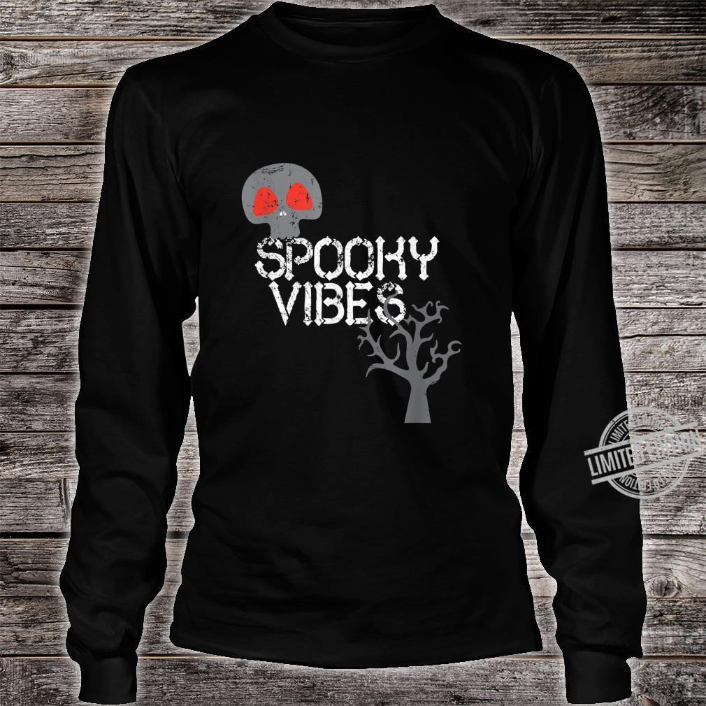 Spooky Vibes Baum Skeleton Schädel Halloween Trick Or Treat Shirt long sleeved